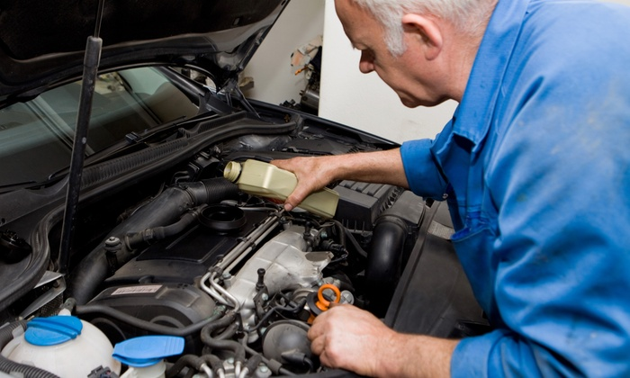 America's Best Car Care Plan - Multiple Locations: $59 for a Two-Year Car-Care Package with Eight Oil Changes from America's Best Car Care Plan ($279.95 Value)