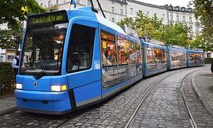 Cocktail Tram: Cocktail-Tram in München inkl. Freigetränk und Welcome-Shot (50% sparen)