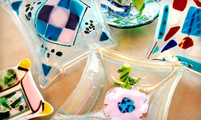 GlassLink Art Glass Studio - Fort Wayne: $35 for a Two-Hour Fused-Glass-Plate Class at GlassLink Art Glass Studio ($70 Value)