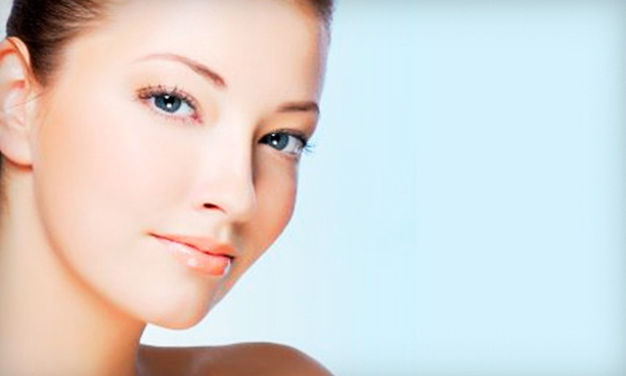 Youthful Trends - Clifton Park: $25 for Five Acne Phototherapy Facials at Youthful Trends in Clifton Park ($50 Value)