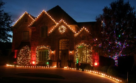 Holiday Lighting Package for a 1-Storey House  - Five Star Holiday Decor in