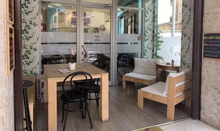Menú para 2 o 4 personas con crepes salados, crepes dulces y bebida en Melassa Creps (hasta 48% de descuento)