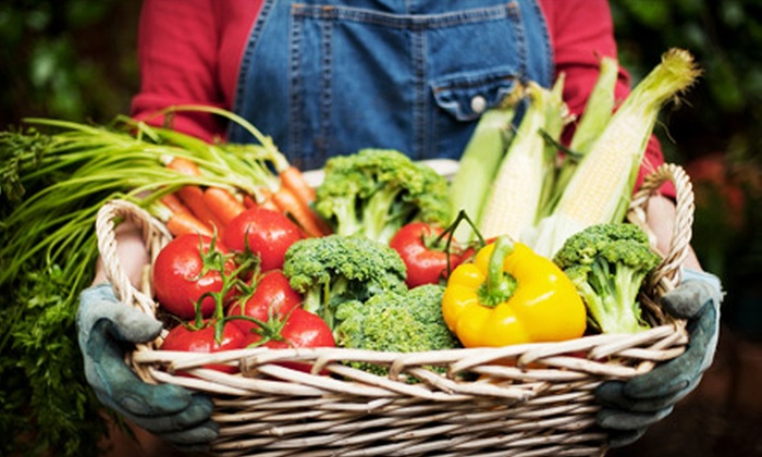 Eat Green Organics - Westminster: $15 for a Prepackaged Fresh Fruit and Vegetable Box for Home Delivery from Eat Green Organics ($30 Value)