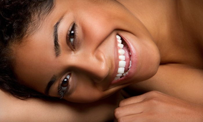 Guiltless Glow - Highland: $99 for Three 20-Minute In-Office DaVinci Teeth-Whitening Sessions at Guiltless Glow ($297 Value)