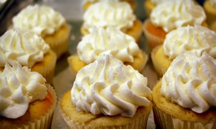 Amy Lyn's Sweet Treats - Jackson: $5 for Six Regular-Size Cupcakes at Amy Lyn's Sweet Treats in Jackson ($9.99 Value)
