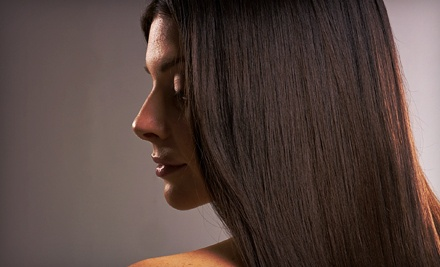 Deep Conditioning Package with Shampoo, Haircut, Style, and Moroccanoil Intense Hydrating Mask - Mia's Salon in Bartlett