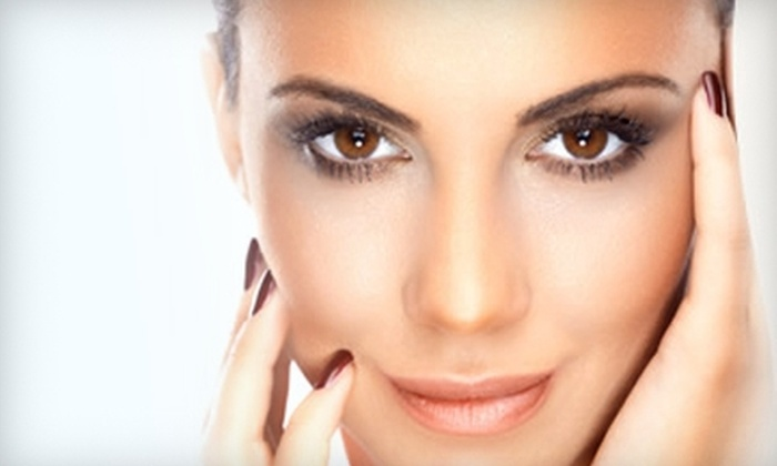 Beautiful Laser Lounge & Anti-Aging - Canyon Gate: $32 for a 40-Minute Anti-Aging or Purifying Facial at Beautiful Laser Lounge & Anti-Aging ($69 Value)
