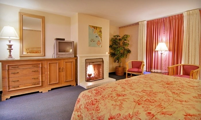 Dolphin Inn - Carmel-by-the-Sea: $110 for One-Night Stay in a Deluxe Guestroom at Dolphin Inn in Carmel-by-the-Sea (Up to $239 Value)