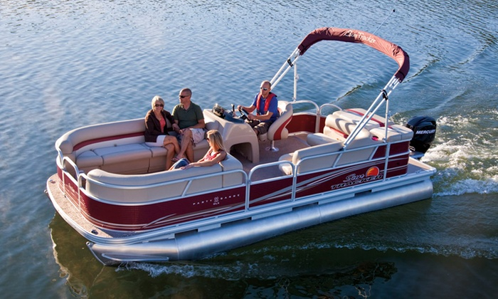 Fourwinds Resort & Marina -  Bloomington - Lake Monroe: Half-Day Party Barge or Runabout Rental from Fourwinds Resort and Marina (Up to 36% Off)