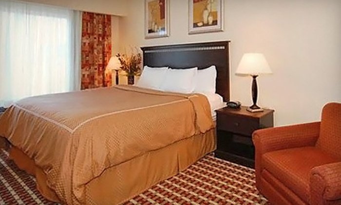 Comfort Suites - Walnut Grove: $54 for a Park-and-Fly Package with Hotel Stay, Parking, and Shuttle from Comfort Suites in Vancouver (Up to $129.49 Value)