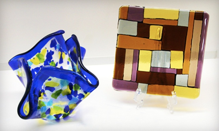 Dakota Stained Glass - Sioux Falls: $15 for a Fused Glass-Mosaic Tile Project at Dakota Stained Glass ($30 Value)