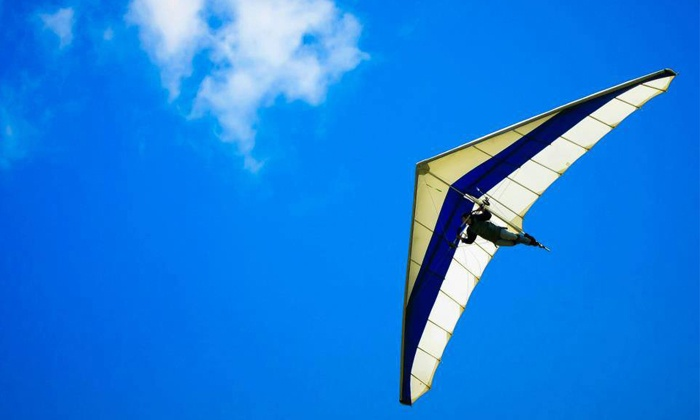 Lookout Mountain Flight Park - Rising Fawn: 1,500-Foot Discovery Hang-Gliding Experience for One or Two at Lookout Mountain Flight Park (Up to 52% Off)