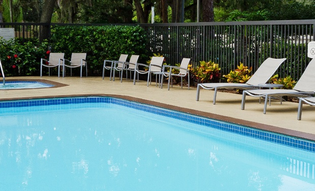 SpringHill Suites Sarasota Bradenton - Sarasota, FL: Stay with Daily Breakfast at SpringHill Suites Sarasota Bradenton in Sarasota, FL, with Dates into October