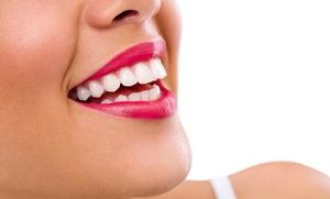 1 o 2 sesiones de blanqueamiento dental LED y limpieza bucal desde 12,95 €
