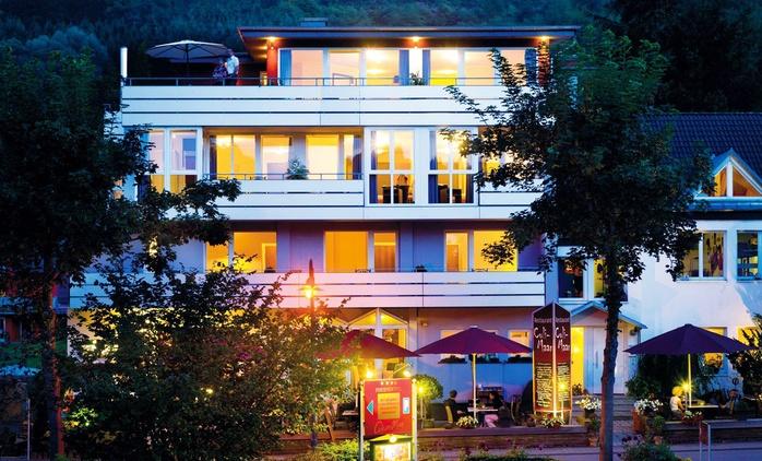 Eifel: 3 oder 4 Tage für Zwei mit Frühstück, 1x Welcome Drink, Sauna und opt. Aromaöl-Massage im Maarium Meerfeld Hotel