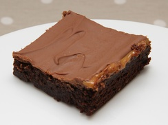 The Brownie Bar: Four Brownies and Two Drinks for Two for £6.50 at The Brownie Bar (Up to 54% Off)