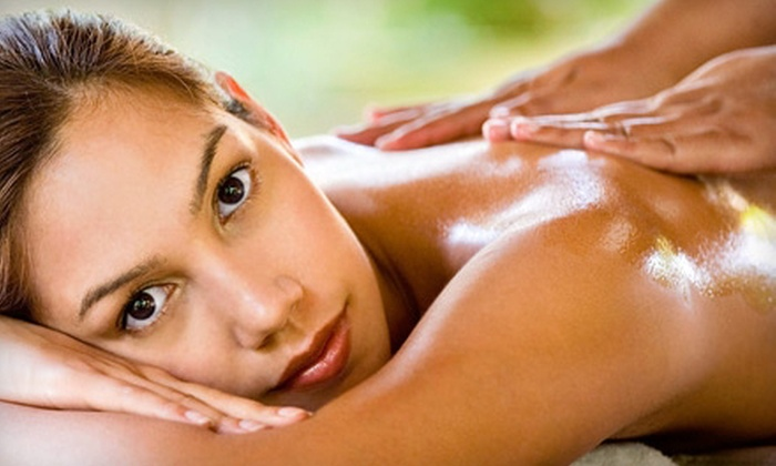 Republic of Wellness - Quincy: One-Hour Solo or Couples Massage at Republic of Wellness in Quincy (Up to 56% Off)