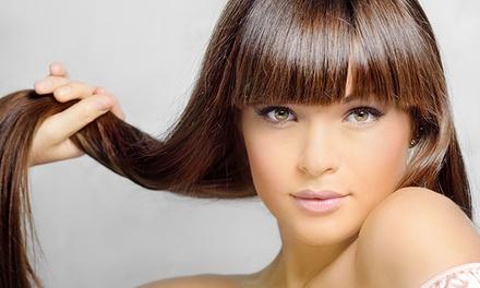 Sesión de peluquería con lavado, masaje, mascarilla, corte de puntas, peinado o alisado desde 14,95 € en Bellavida