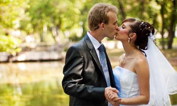 Howard Arts and Photography - Norwood: $550 for $1,000 Worth of Wedding Photography from Howard Arts and Photography
