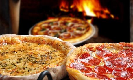 Menú para 2 o 4 con entrante, pizza, postre y lambrusco desde 17,95 € en pizzería argentina en la playa