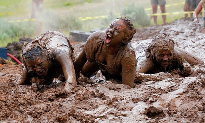 The Dirty Dash - Wildlife West Nature Park: $30 for Entry to The Dirty Dash at Wildlife West Nature Park on August 23 ($60 Value)