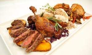 Coco Cafe Club & Restaurant: Mięsna uczta z dodatkami i napojami dla 2 osób w Coco Cafe Club & Restaurant (do -40%)