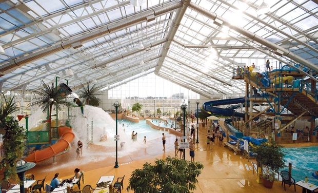 Americana Resort and Waves Indoor Waterpark - Niagara Falls, Ontario: Stay with Family Package at Americana Resort and Waves Indoor Waterpark in Niagara Falls, ON. Dates into October.