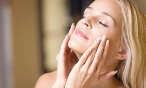 Jean D`Arcel Beautylounge Nicole Behnke: Beauty-Paket inkl. Gesichtsbehandlung und Maniküre in der Jean D'Arcel Beautylounge Nicole Behnke ab 34,90 €