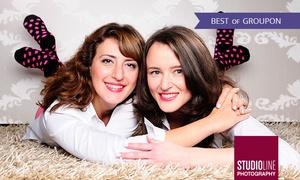 Studioline: 90 Min. Friends-Fotoshooting mit Make-up u. Bildern als Datei u. Abzug bei STUDIOLINE PHOTOGRAPHY (bis zu 73% sparen)