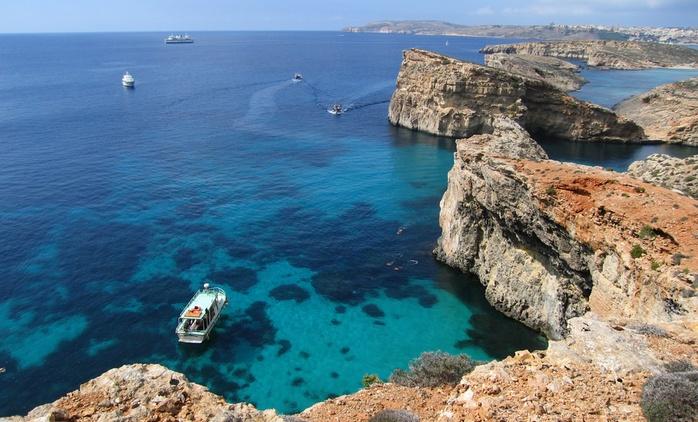 Malta: 5 días y 4 noches en habitación doble con desayuno y vuelo de I/V desde Madrid o Girona en Hotel Santana 4*