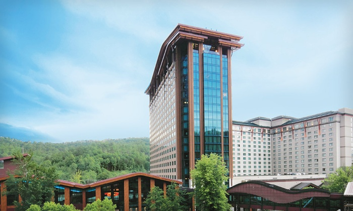 Harrah's Cherokee Casino Resort - Cherokee: One- or Two-Night Stay for Four with Resort Credit at Harrah's Cherokee Casino Resort in Cherokee, NC