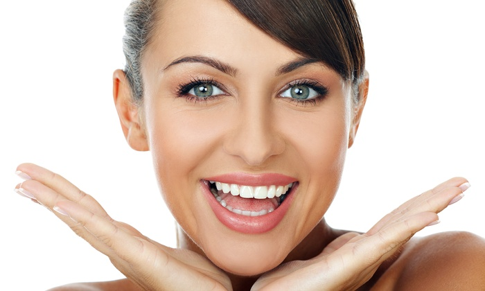 Slim Body & Spa - Multiple Locations: $99 for a Zoom! Teeth-Whitening Treatment at Slim Body & Spa ($250 Value)