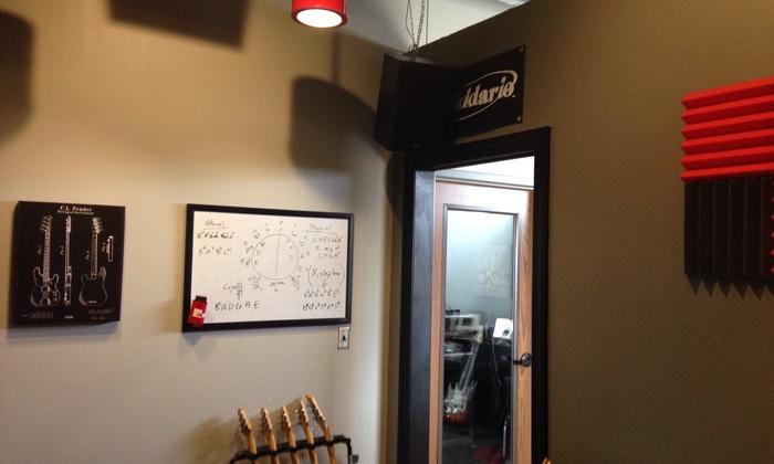 Don't Fret Guitar Studio - Lubbock: A Private Music Lesson from Don't Fret Guitar Studio (39% Off)
