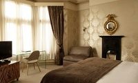 Bath: 1 Night for Two with Breakfast, Prosecco, Champagne Truffles and Late Check-Out at the 4* Brooks Guesthouse Bath
