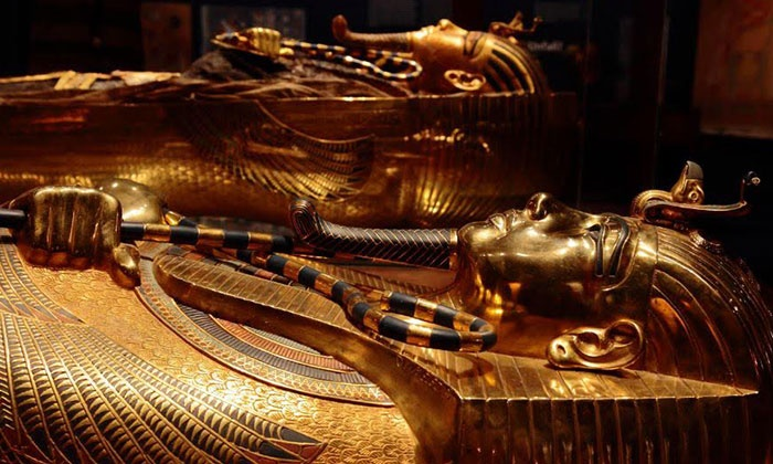 attractions4us - New York: Walking Tour to King Tut Exhibit and Times Square from Attractions4us (Up to 34% Off). Four Options Available.
