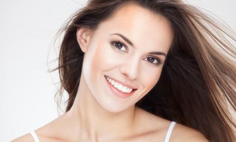 Limpieza bucal completa con opción a curetaje de encías en 1 o 2 arcadas desde 12,95 € en Novita Dental Studio