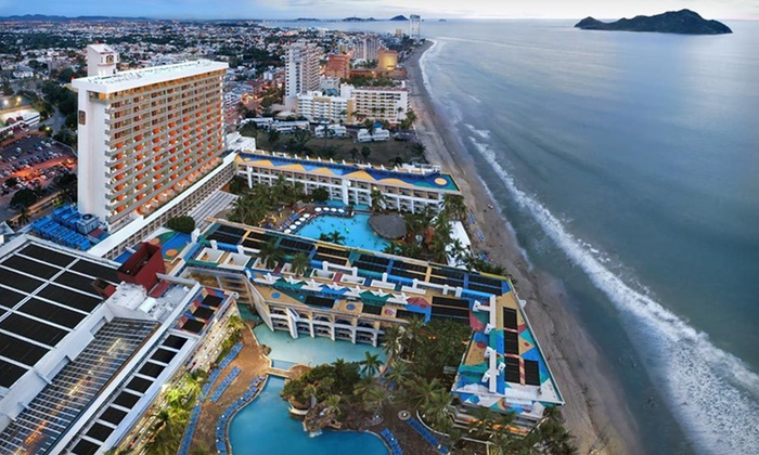 Elite All Inclusive Resort On Mexico S Pacific Coast