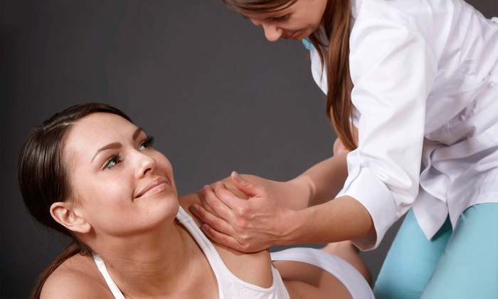 New Life Medical Center - Multiple Locations: $45 for a Chiropractic Package with Exams, X-Rays, and Adjustments at New Life Medical Center (Up to $1,025 Value)