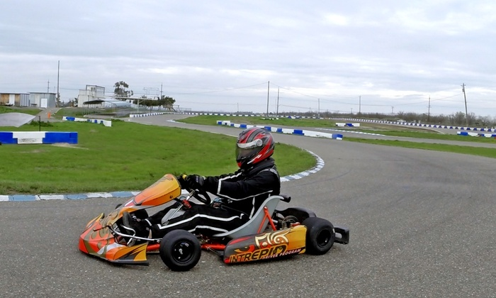 Kart Extreme - Davis: 3 Races and 1-Year Racing License or 5 Races and Two 1-Year Racing Licenses at Kart Extreme (Up to 55% Off)