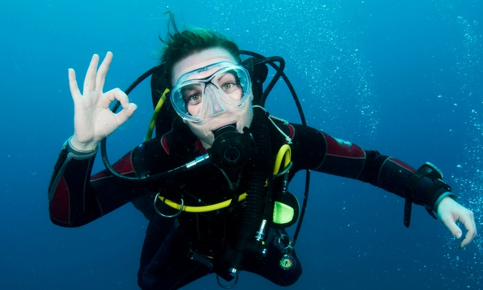 Underwater Connection - Multiple Locations: $22 for a Discover Scuba Course at Underwater Connection ($45 Value)