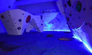 ROCK TIME: Corso di arrampicata sportiva per adulti di 8 lezioni da Rock Time (sconto fino a 77%)