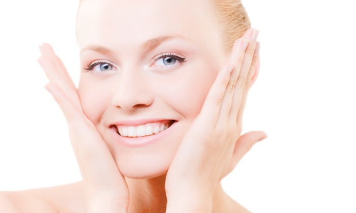 Gleam Whitening - Austin: $89 for a Professional Teeth-Whitening Treatment at Gleam Whitening ($199 Value)