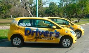Driver's school: $699 en vez de $1450 por 4 clases de manejo en tránsito real en Driver's School, 16 sucursales