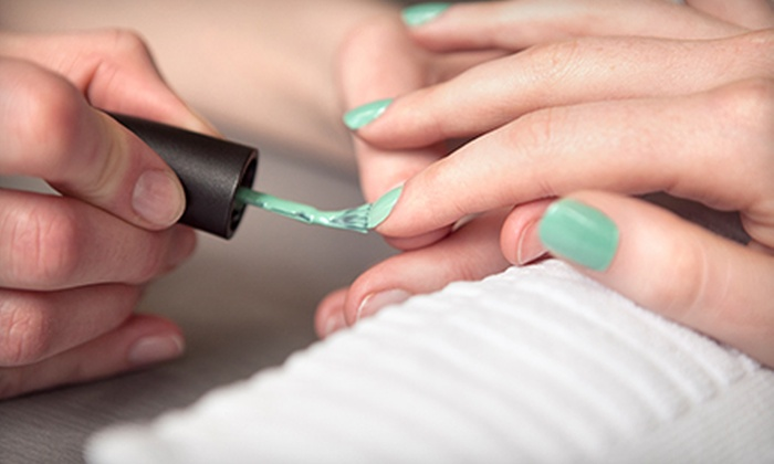 Sol Oasis - Atlanta: $22 for Express Soak-Off Gel Manicure ($45 Value)