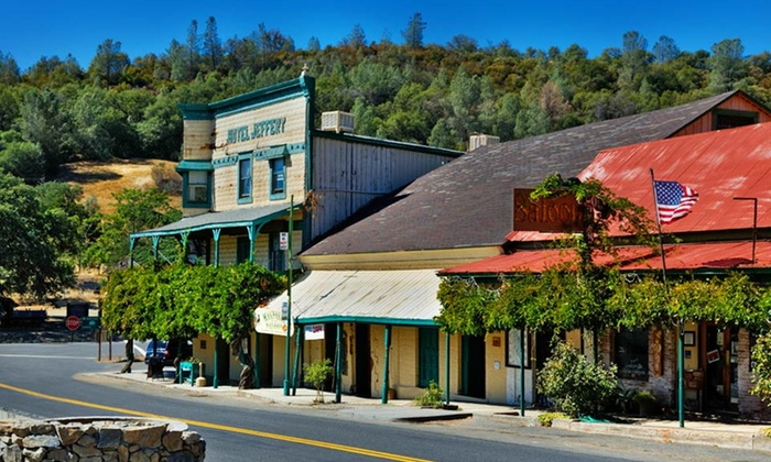 Hotel Jeffery - Coulterville, CA: Stay at Hotel Jeffery in Coulterville, CA. Dates Available into October.