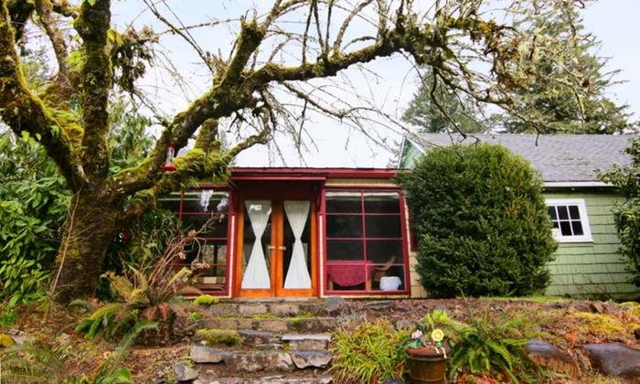 McKenzie River Inn - Vida, OR: 2-Night Stay for Twoat McKenzie River Inn in Vida, OR. Combine Up to 4 Nights.