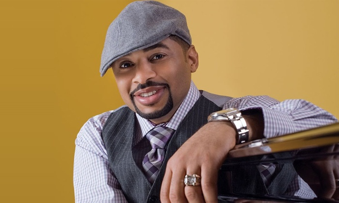 A Holiday Concert: Performance by Smokie Norful - Miramar Cultural Center/ArtsPark: A Holiday Concert Performance by Smokie Norful on Saturday, December 12, at 8 p.m.