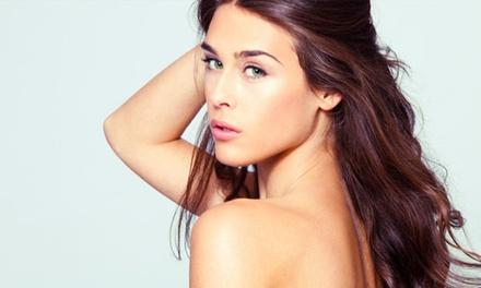 Sesión de limpieza facial, masaje corporal y diseño de cejas con opción a depilación labio desde 19,90 € en Ebela