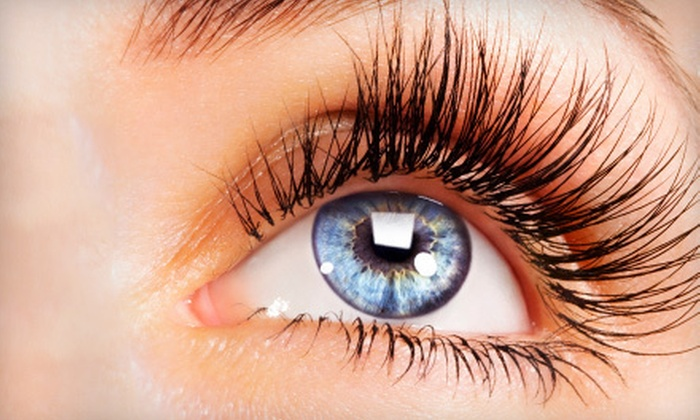 B-Lashes Beauty Parlor - Gahanna: $75 for 25% Coverage Eyelash Extensions at B-Lashes Beauty Parlor ($150 Value)