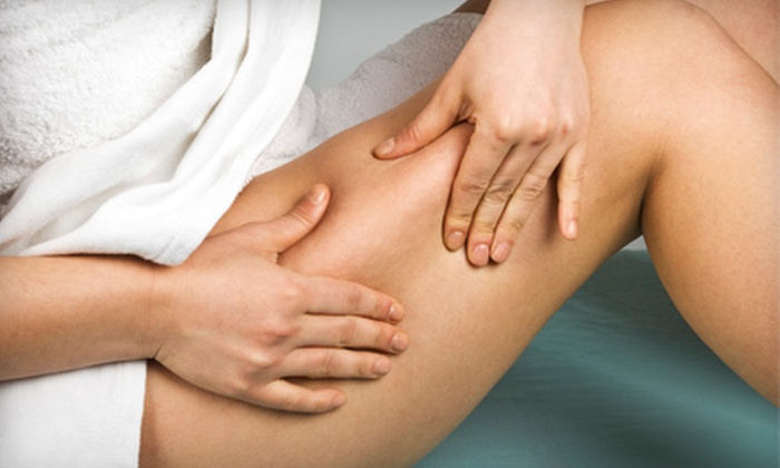 A-Z Weight Loss Center - West Cactus,Buenavante: Non-Surgical LipoLaser and Le Pulse Me Treatments at A-Z Weight Loss Center in Scottsdale (Up to 65% Off). Five Options Available.